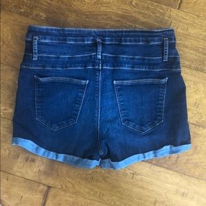 refuge Shorts - Size 10: Refuge High Waisted Denim Shorts